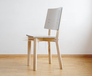 Zipfred-cardboard-chair-from-moormann-m