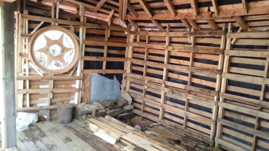 Tiny House Off Grid Pallet Cabin – Part 7
