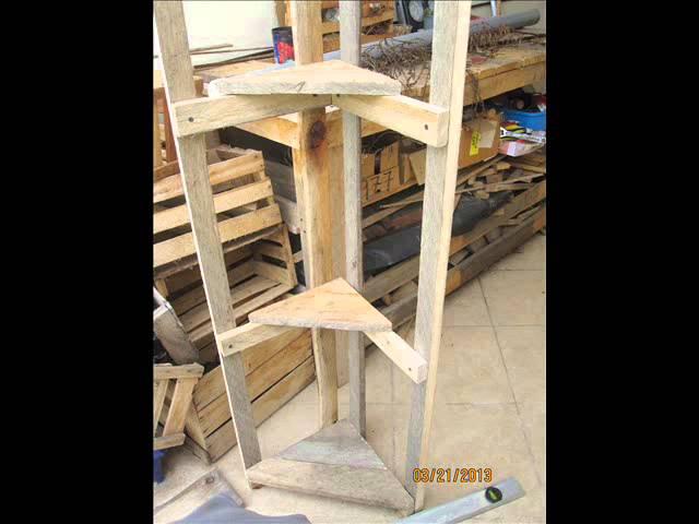 DIY Accent Furniture, Wood Projects in Cuenca Ecuador: