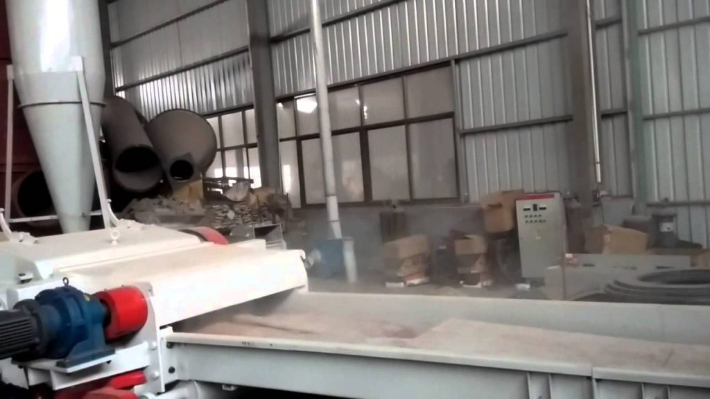 wood pallet chips making machine from YULONG company