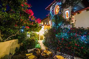 34_BVI_AnaCapri_Night_Stairtower_7402_HiRes.jpg
