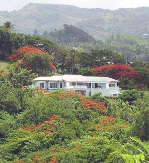 Villa-Caribella-hillside.jpg