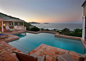 MurrayHouse012012-PoolAtDusk2.jpg