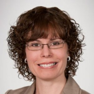 Dr. Leanne Casaubon