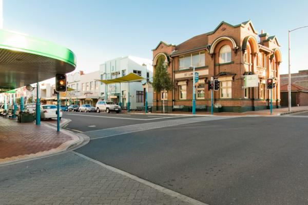 Cnr Mount St & Cattley St
