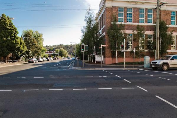 Cnr Wellington St & Paterson St