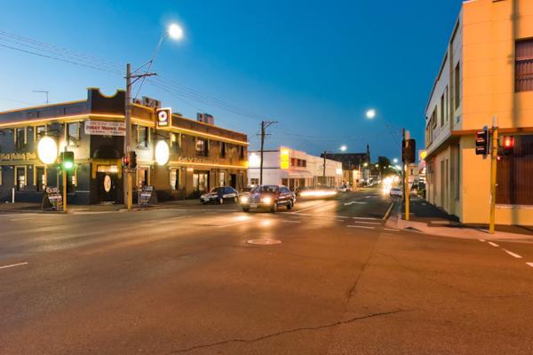 Cnr Wellington St & Elizabeth St