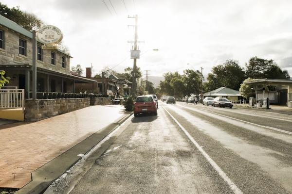 Moss Vale Rd, Kangaroo Valley