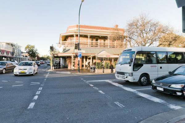 Melbourne & Jerningham Sts.