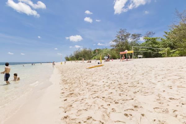 Green Island Beaches