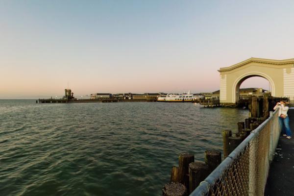 Pier 43 1/2