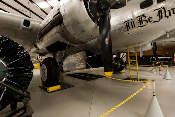 Boeing B-17 Engines