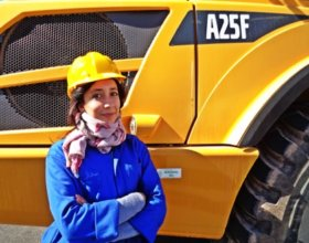 Professionals trained in the operation of heavy machinery are increasingly in demand (Photo: AGEVEC program)