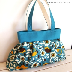 Pleated bag - Forest animals in aqua