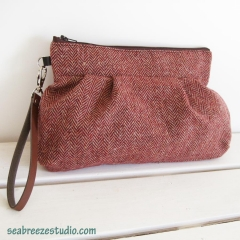 Wristlet - dark red wool herringbone