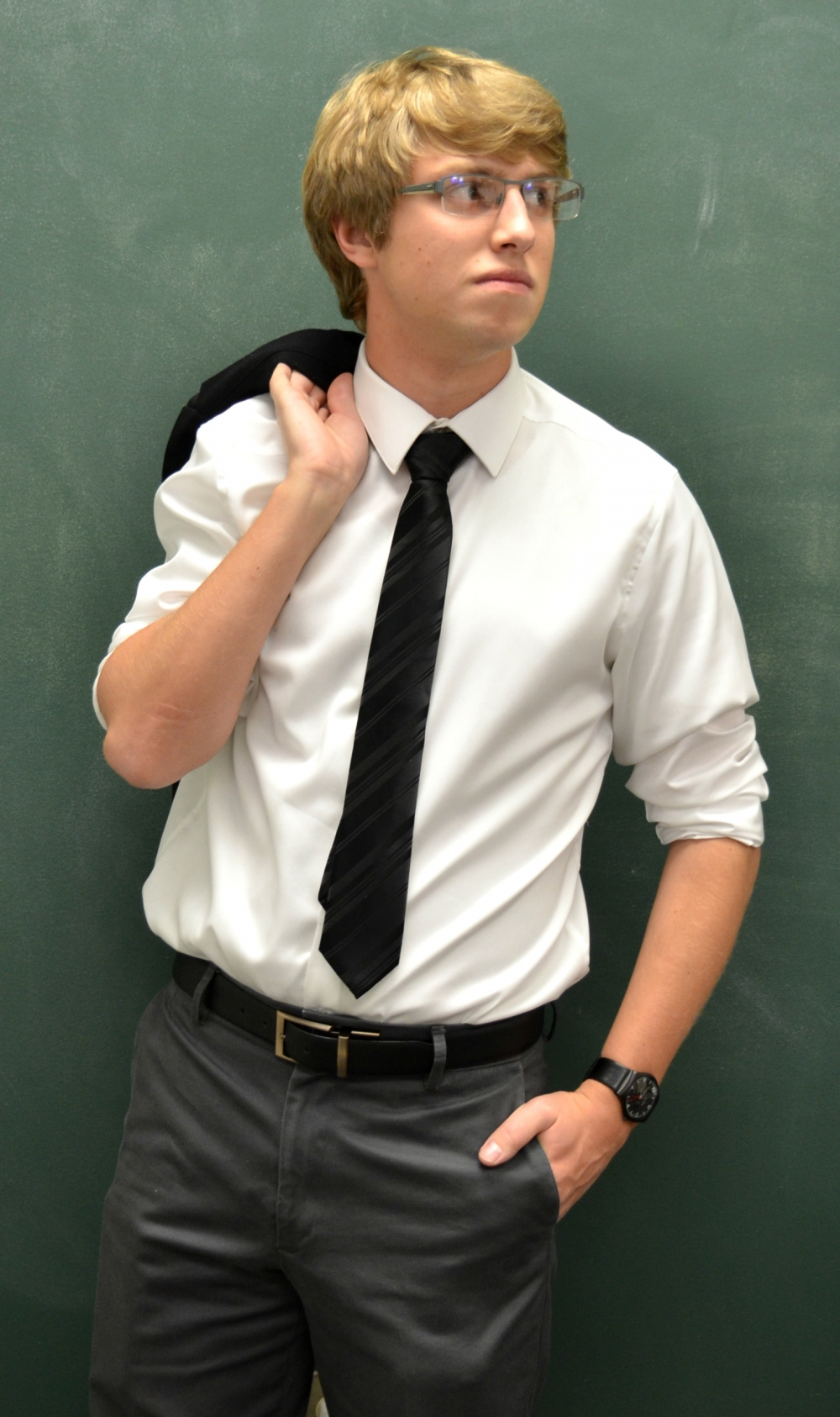dress code in college And business dress codes, where you can combine them into a smart ensemble this is your opportunity to pair denim with a sport coat khakis,.