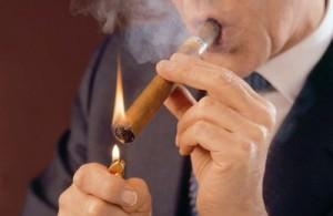 Cigar_lighting2