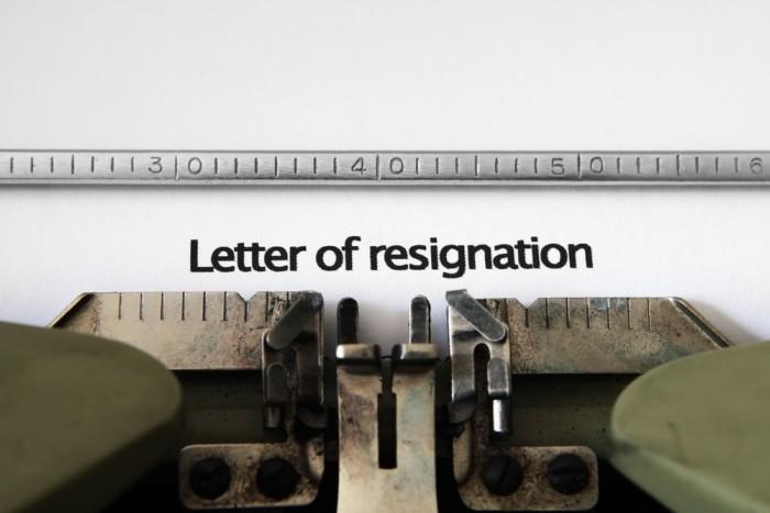 Quit resign