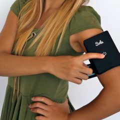 Sola Is The World's First Body Temperature Regulating Wearable
