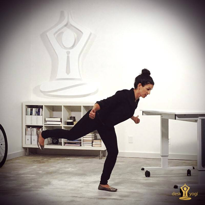 desk-yogi-photo