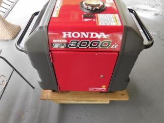 Planta Super Silenciosa Honda Inverter EU 3000is
