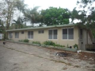 Haga Su Oferta!!! 15-0152 Propiedad de ubicada en la Bo. Beatriz en Caguas, PR.