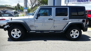 Jeep Wrangler Unlimited Sport Plateado 2016