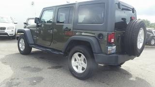Jeep Wrangler Unlimited Sport Verde 2016