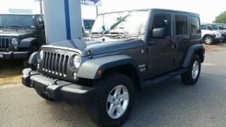 Jeep Wrangler Unlimited Sport Gris Oscuro 2014