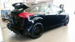 Ford Focus RS Negro 2016