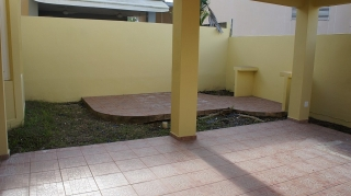 Haga Su Oferta!!! 16-0142 Propiedad de ubicada en la Urb. Andreas Court en Trujillo Alto, PR.