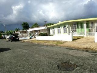 CASA EN URB .SANTA JUANITA , BAYAMON