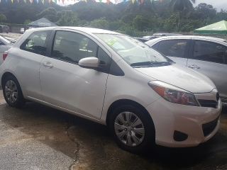 TOYOTA YARIS 2013 STD 2PTS