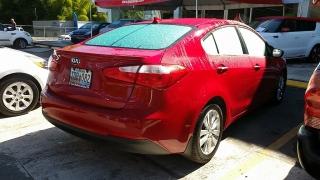 Kia Forte LX Rojo 2016