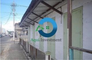 Propiedad Comercial en el pueblo de Vieques, REBAJADA $98K