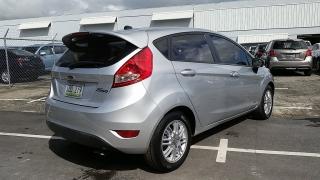 Ford Fiesta S Plateado 2012