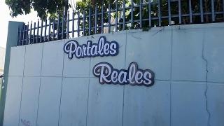 Portales Reales, Caguas