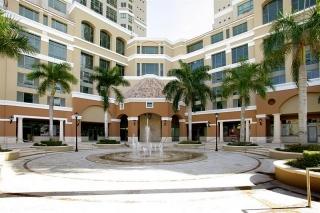 Gallery Plaza