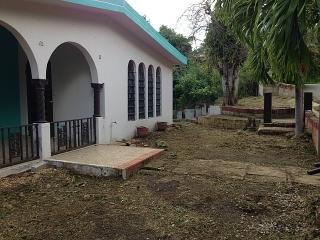Haga Su Oferta!!! 16-0088 Propiedad de ubicada en la Bo Susua Alta-La Republicaen Yauco, PR.