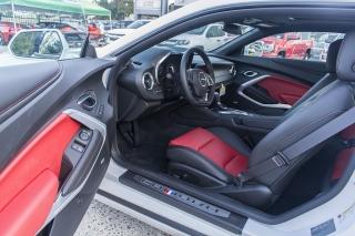 Chevrolet Camaro CPE 2SS White 2017