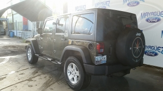 Jeep Wrangler Unlimited Sport Verde 2015