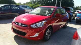 Hyundai Accent GL Rojo 2017