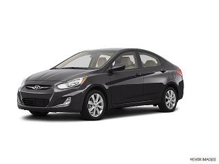 Hyundai Accent GL Gris Oscuro 2013