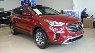 Hyundai Grand Santa Fe GL Rojo Vino 2017