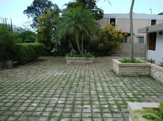 CASA EN URBANIZACION ARBOLEDA, GUAYNABO