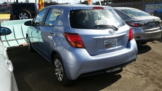 Toyota Yaris HB Azul 2016