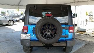Jeep Wrangler Unlimited Willys Wheeler Azul 2014