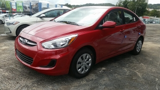Hyundai Accent Gl Red 2017