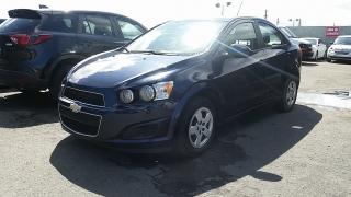 Chevrolet Sonic LS Azul 2015