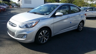 Hyundai Accent Se Silver 2017
